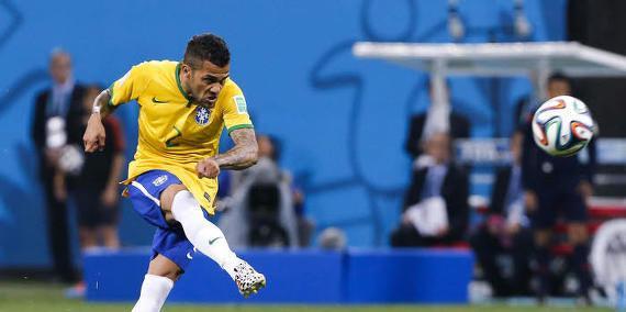 Daniel Alves, Brésil