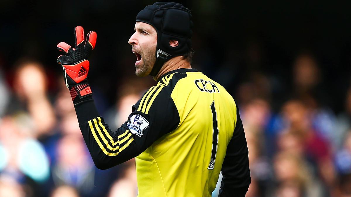 Mercato - Chelsea : Arsenal, PSG, Liverpool… La concurrence s'intensifie pour Petr Cech !