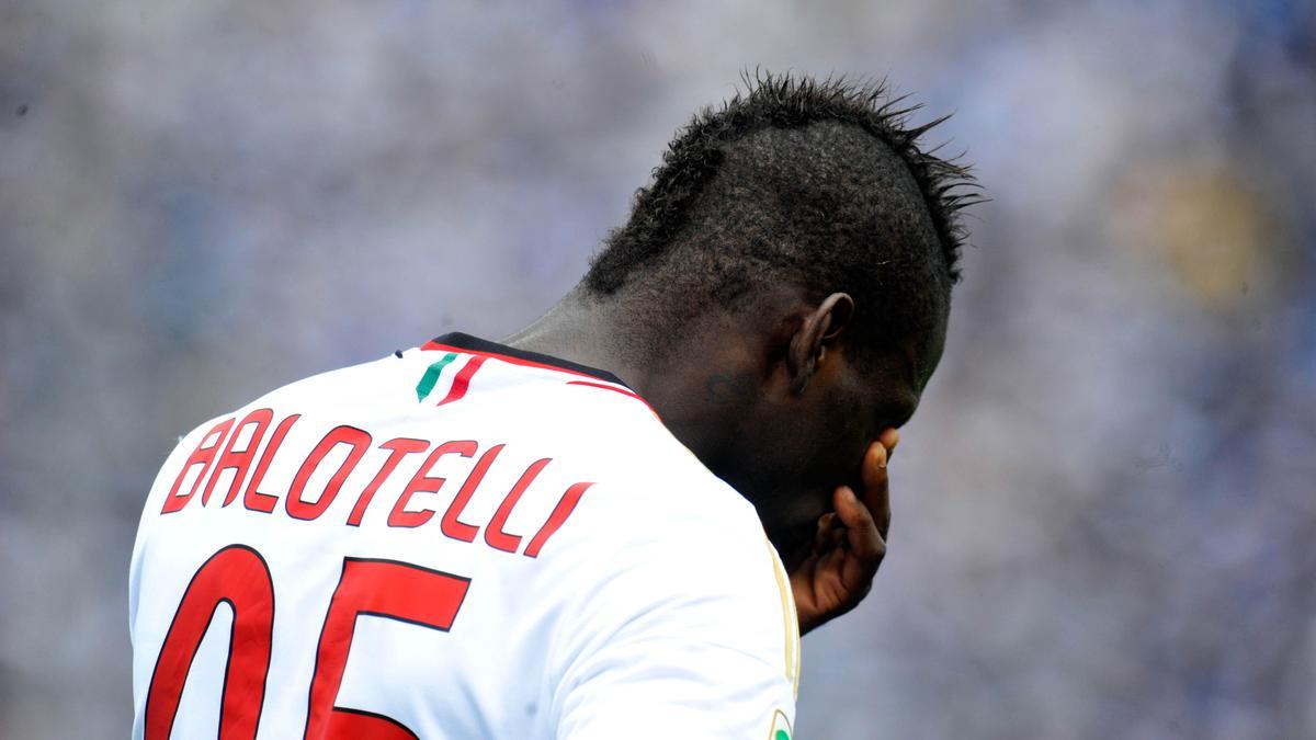 Mercato - Liverpool/Milan AC : L'incroyable révélation de Berlusconi sur le transfert de Balotelli !