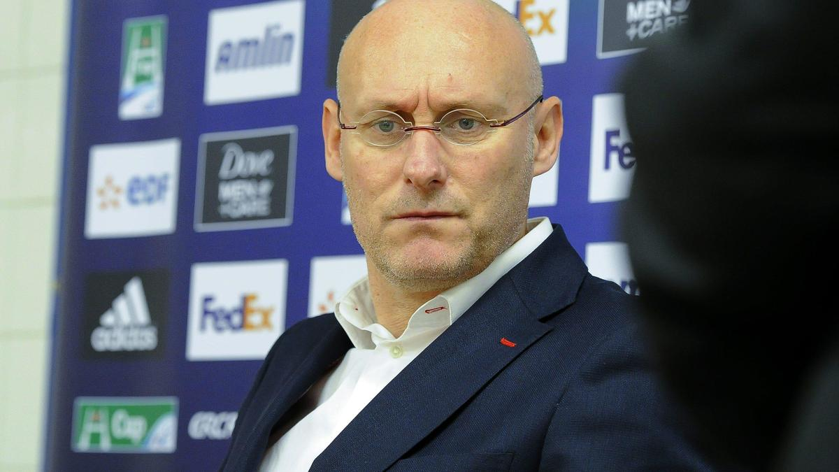 Rugby - XV de France : Le coup de gueule de Bernard Laporte après la défaite en Angleterre !