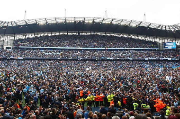 Supporters Manchester City