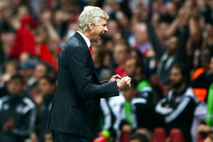 Arsène Wenger heureux à Arsenal