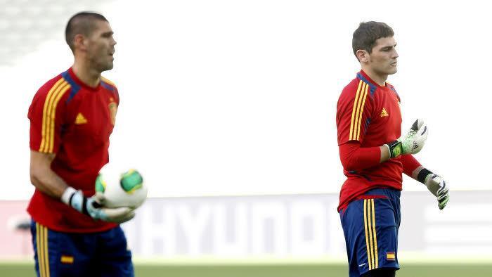 Iker Casillas et Victor Valdès avec la Roja