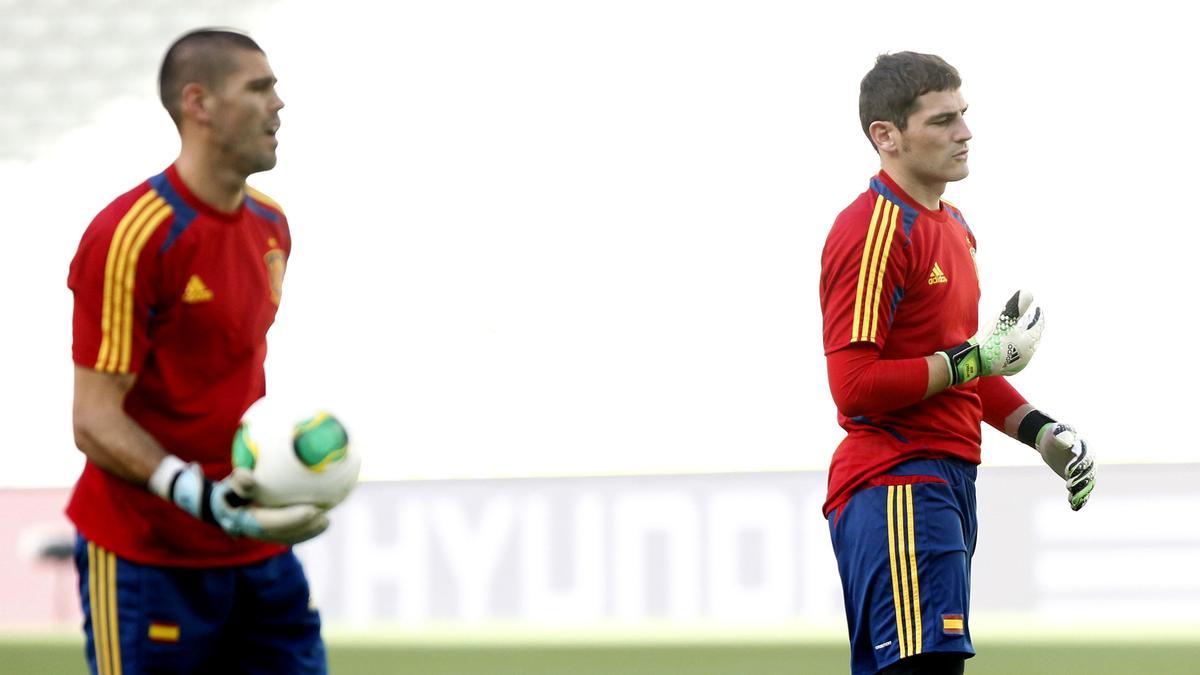 Victor Valdès - Iker Casillas
