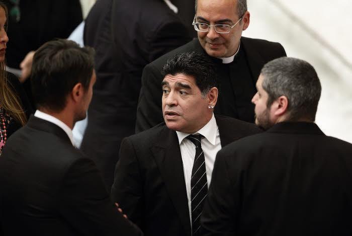 Maradona a-t-il frappé sa compagne ? Les images qui font polémique !