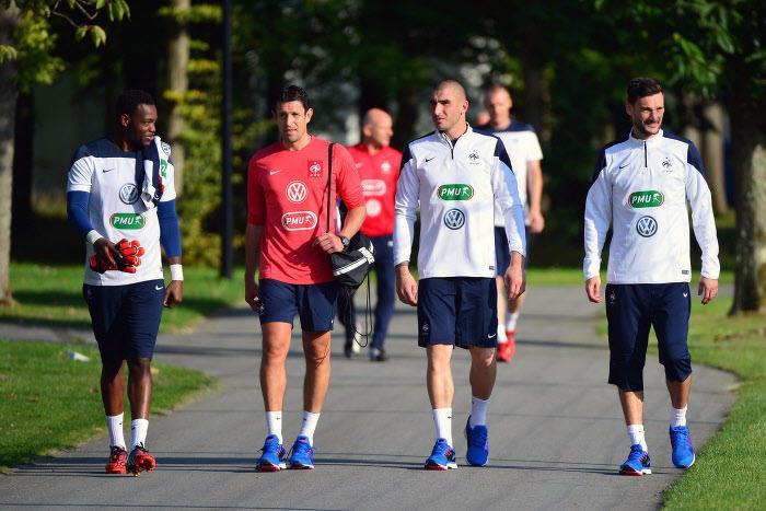 Steve Mandanda, Stéphane Ruffier et Hugo Lloris en Équipe de France
