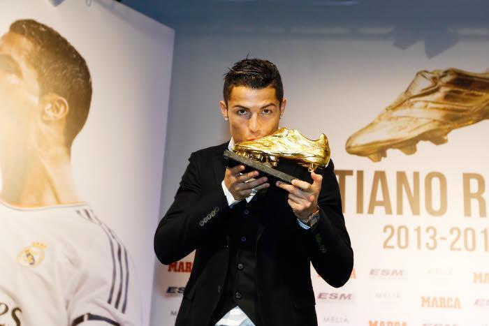 Mercato : Ce talent suivi par le PSG qui «peut devenir plus fort que Cristiano Ronaldo» !