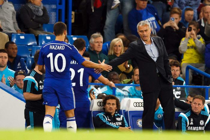 Eden Hazard et José Mourinho à Chelsea