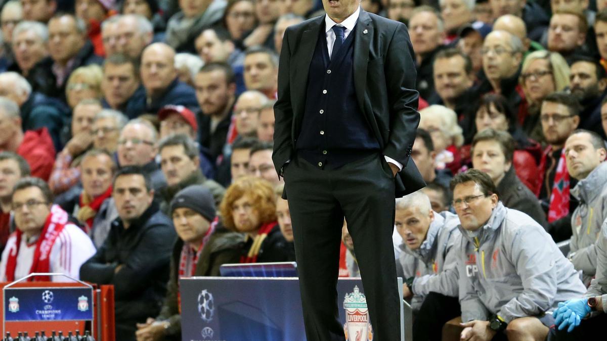 Mercato - Real Madrid/PSG : Ce club à la dérive qui aurait tenté de convaincre Ancelotti...