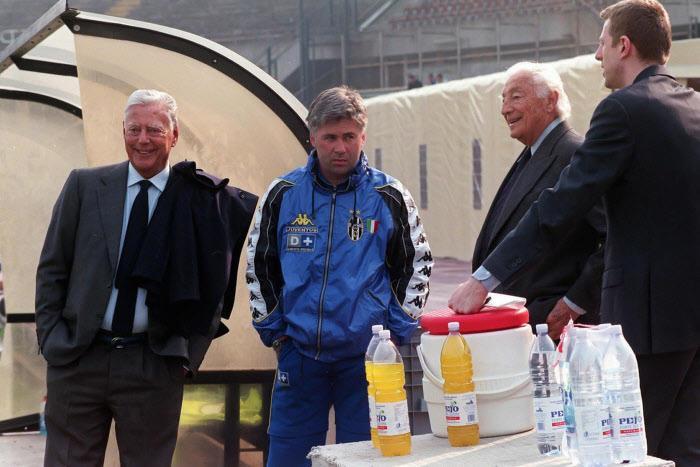 Mercato - Real Madrid : Ces deux erreurs commises qui hantent toujours Carlo Ancelotti…