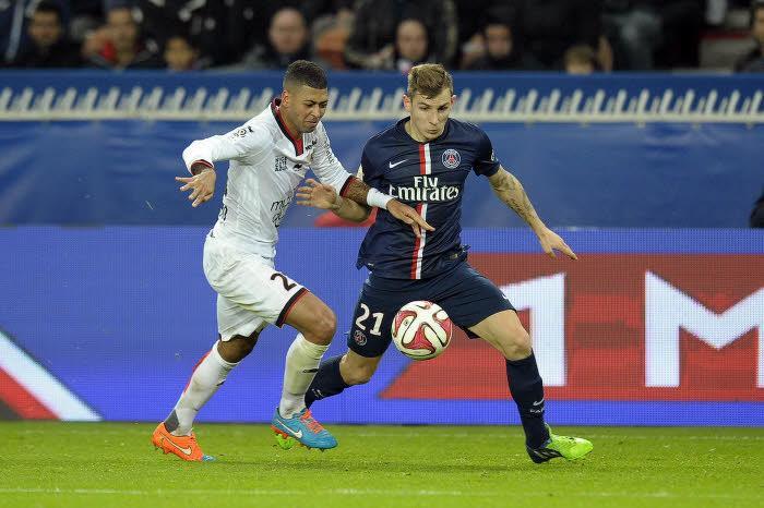 Mercato - PSG : Blanc, Maxwell, Ibrahimovic… Ce qui pourrait pousser Digne à quitter Paris…
