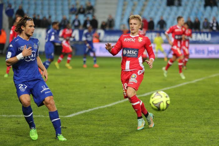 Mercato - OM/ASSE/Chelsea : Daniel Riolo s'enflamme pour Daniel Wass !