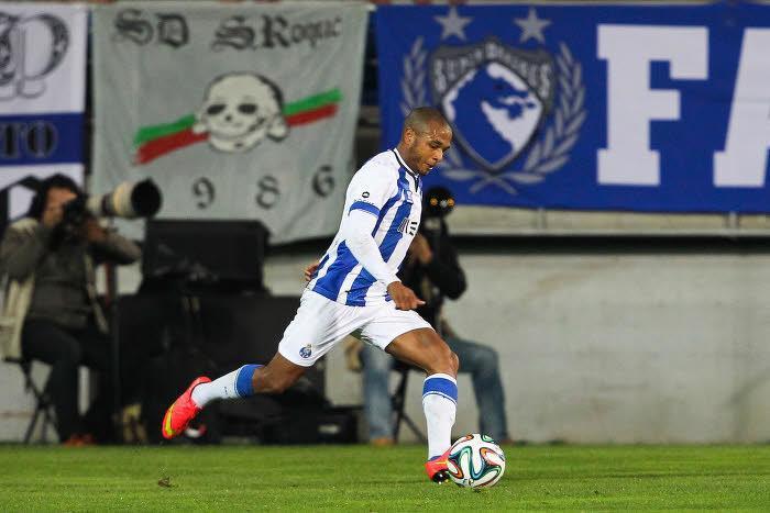 Mercato - PSG : Un proche de Brahimi se positionne sur un éventuel transfert au PSG !