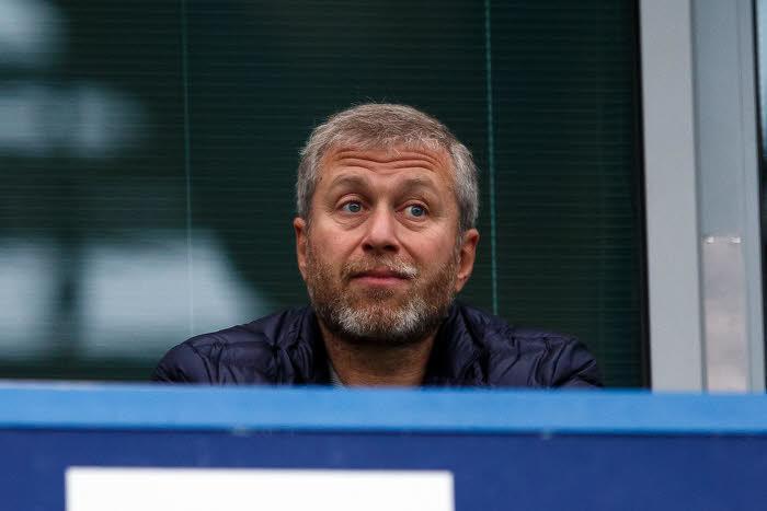 Mercato - Chelsea : Le propriétaire des Blues aurait perdu 360M€ en deux jours !
