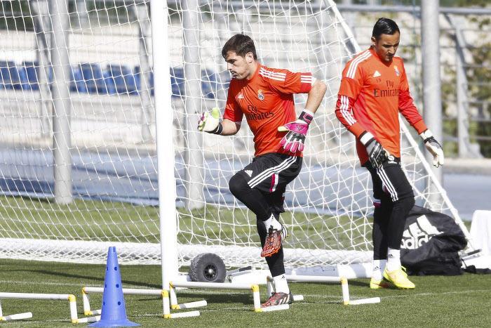 Mercato - Real Madrid : Casillas, Keylor Navas… Manchester City à l'assaut d'un gardien du Real ?