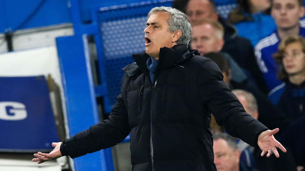Mourinho en remet une couche sur l'arbitrage après la claque reçue à Tottenham