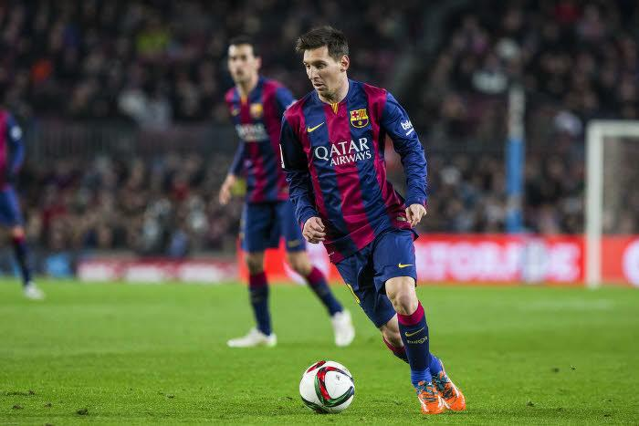Déguisement, pancarte… La drôle de demande d'un supporter du Barça envers Messi