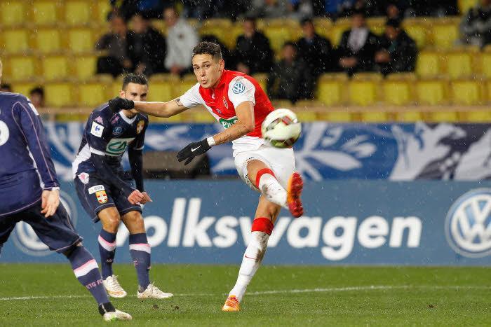 EXCLU Mercato - Monaco : Ocampos pisté par la Fiorentina