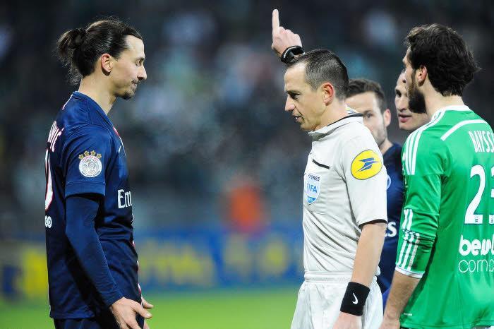 L'étau se resserre autour de Zlatan Ibrahimovic après son mauvais geste