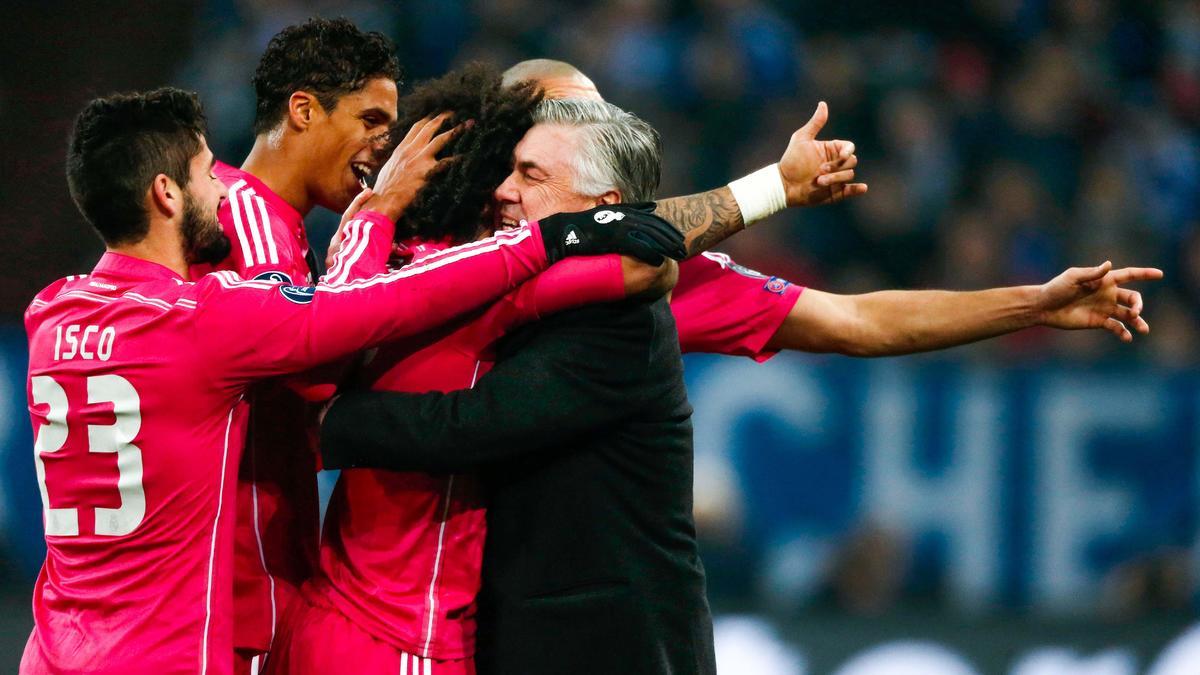 Carlo Ancelotti et les joueurs du Real Madrid