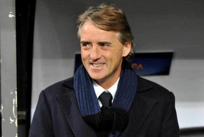 Mercato - Chelsea/Manchester United : Mancini ouvre la porte à un départ d'une cible de Mourinho !