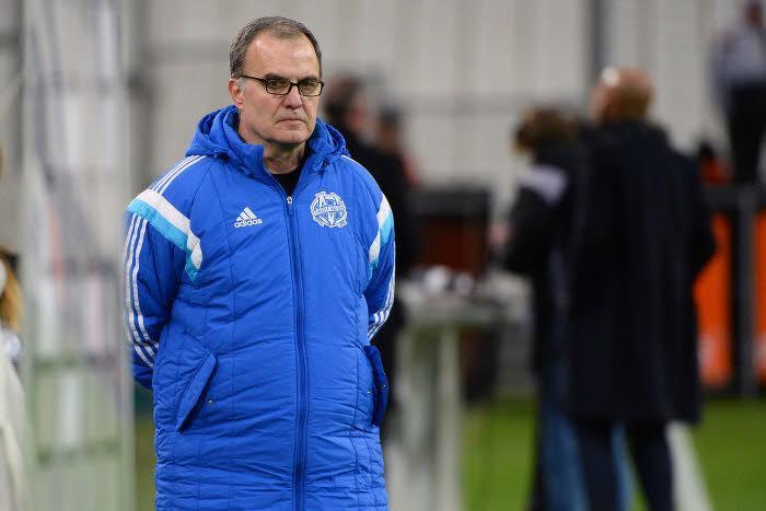 Un président de club de Ligue 1 traite Bielsa de tête de con