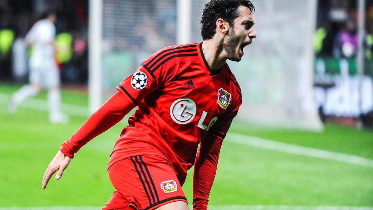Hakan Calhanoglu, Bayer Leverkusen