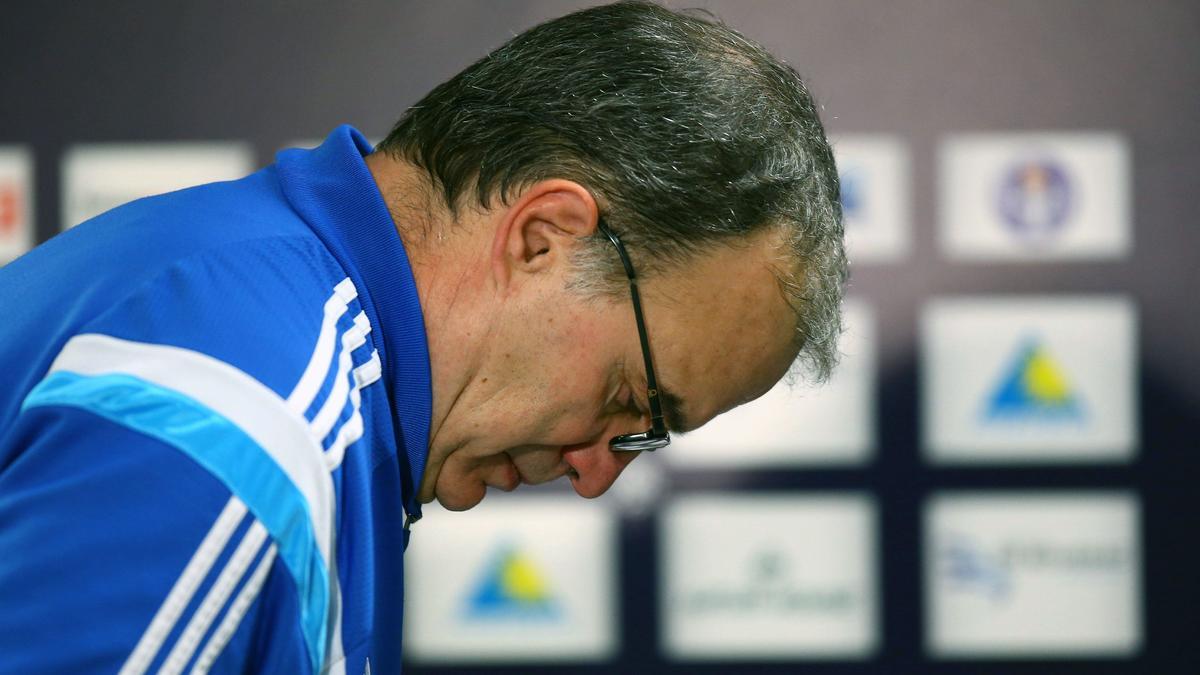 OM : Un ancien entraîneur de Bielsa jette un froid sur son avenir à Marseille