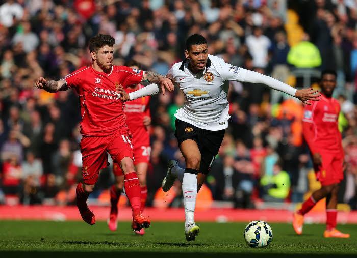 Mercato - Manchester United : Van Gaal sort les barbelés autour d'un joueur courtisé par Arsenal !