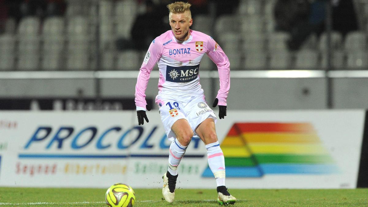Daniel Wass, Evian Thonon-Gaillard