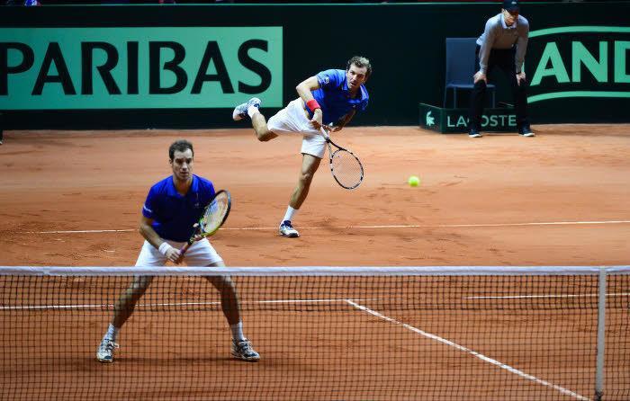 Tennis : PSG, OL? Ce tennisman fran�ais qui ironise sur la course au titre?