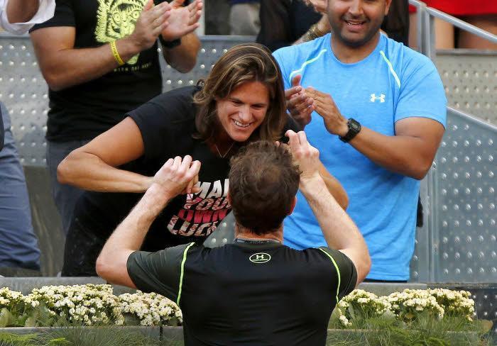 Tennis : La r�action d'Am�lie Mauresmo apr�s la victoire d'Andy Murray sur Rafael Nadal !