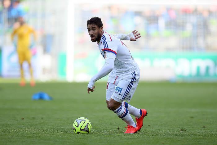 Un club prêt à offrir 25M€ à l'OL pour Nabil Fekir