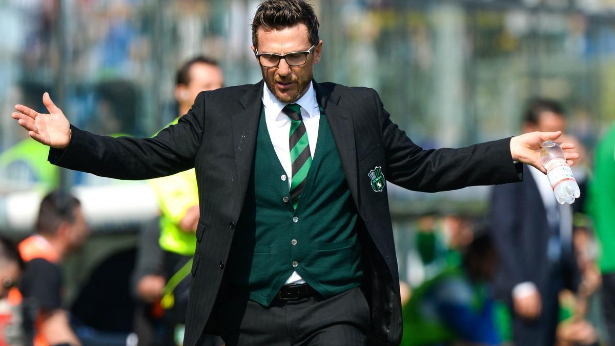 Cet entraîneur italien qui évoque avec humour le banc du PSG