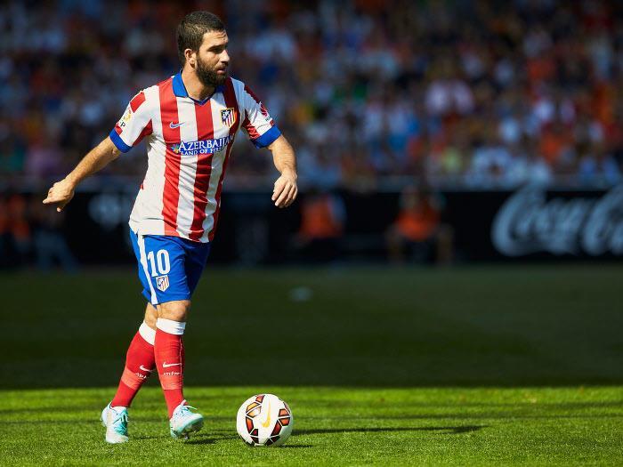 Mercato - PSG/Barcelone : Nouveau rebondissement dans le dossier Arda Turan ?