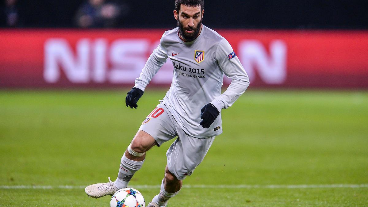 Mercato - PSG/Barcelone : Le dossier Arda Turan mis en stand-by ?