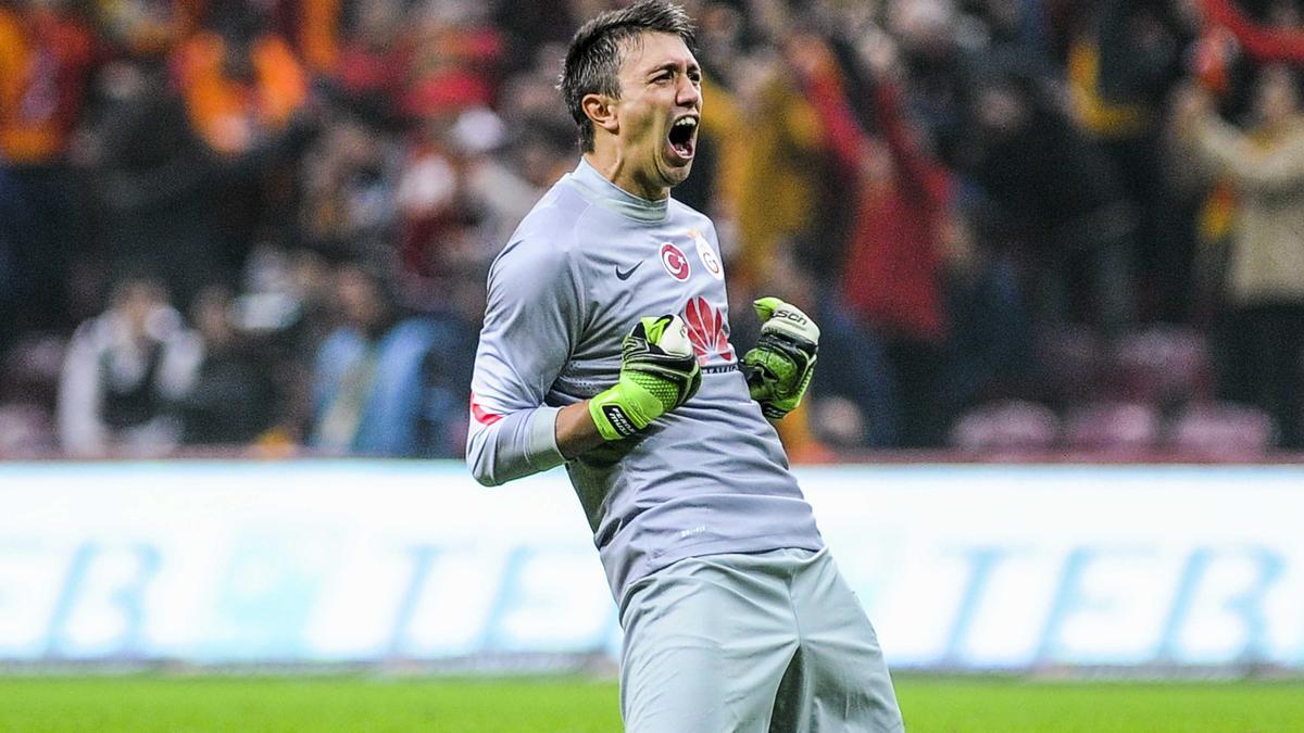 Mercato - Manchester United : Une offre de 35M€ pour le successeur de David De Gea ?