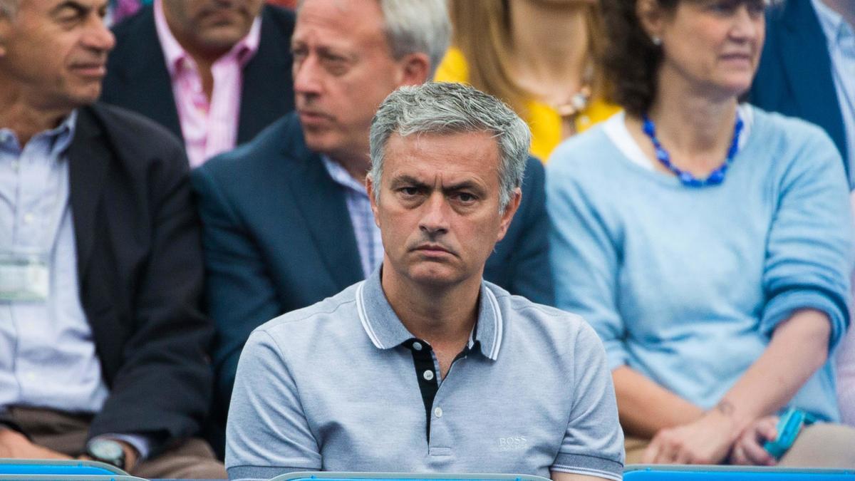 Mercato - Chelsea : Quand Mourinho juge le mercato de ses concurrents !