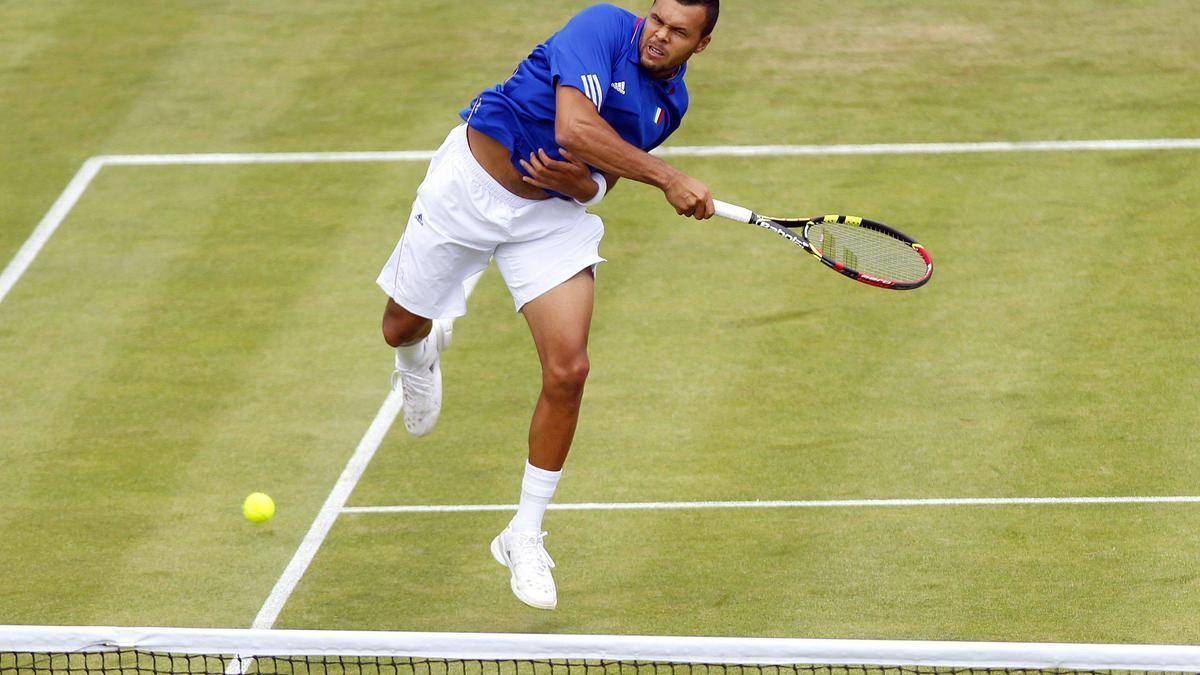 Tennis - Coupe Davis : L'improbable service compl�tement loup� de Jo-Wilfried Tsonga !