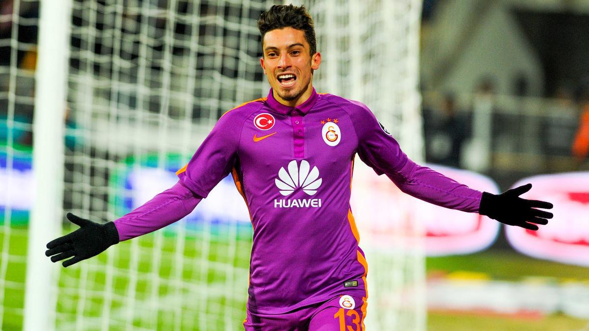 Mercato - PSG : Ces nouvelles précisions pour un successeur annoncé de Lucas Digne !