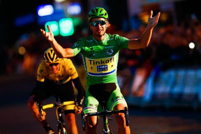 Cyclisme - Insolite : Quand Peter Sagan fait le show avec son vélo… et chute