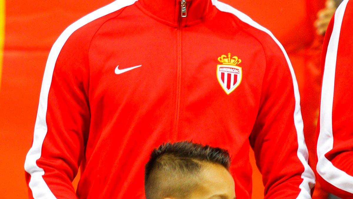 Mercato - AS Monaco : Concurrence, prix… Le PSG est fixé pour Kurzawa !