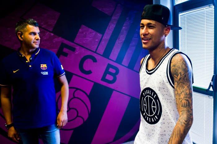 Mercato - Barcelone/PSG : Un journaliste prévoit un feuilleton digne d'Hollywood pour Neymar !