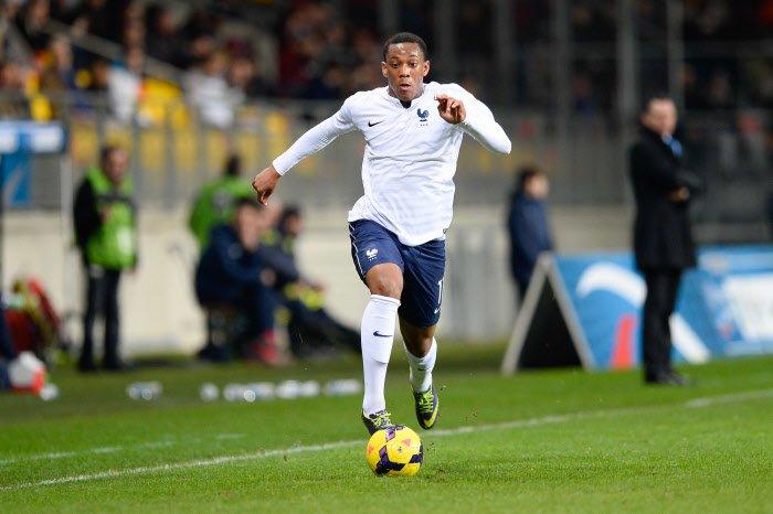 Mercato - Manchester United : Martial, Vasilyev, Van Gaal… Les réactions après le transfert record !