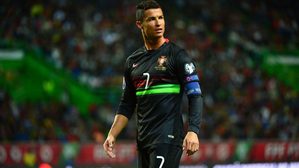 Insolite : Cristiano Ronaldo poste une photo de lui à l'âge de… 65 ans