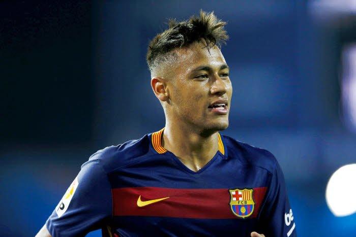 Quand le père de Neymar met les choses au point pour l'avenir du Brésilien