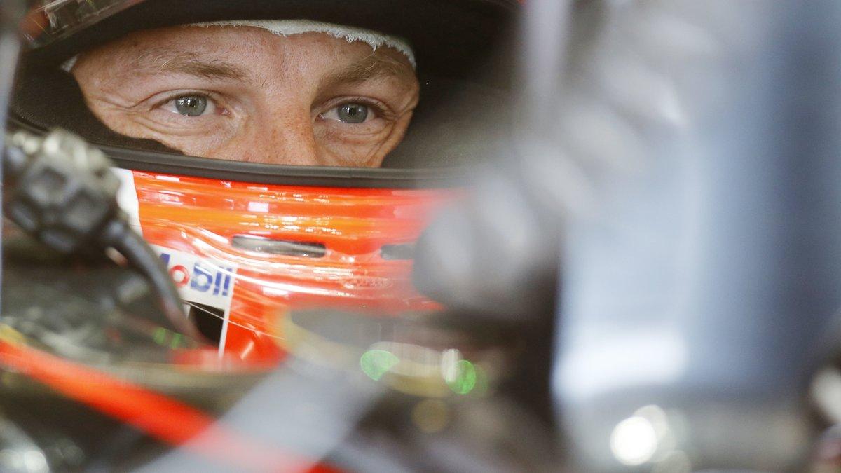 Formule 1 : Quand le coéquipier de Fernando Alonso se réjouit des malheurs de Mercedes
