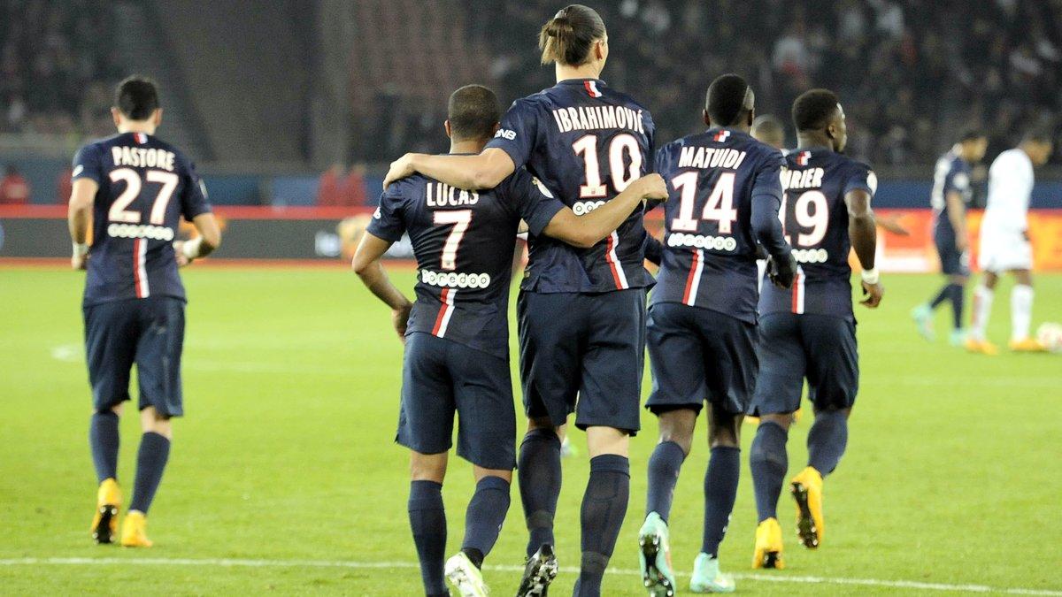 Ibrahimovic, Lucas… Laurent Blanc vole au secours de ses joueurs