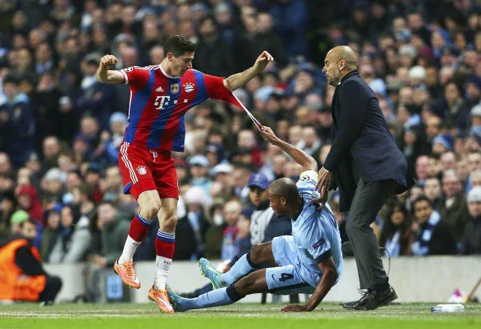 La réaction de Guardiola après le quintuplé de Lewandowski