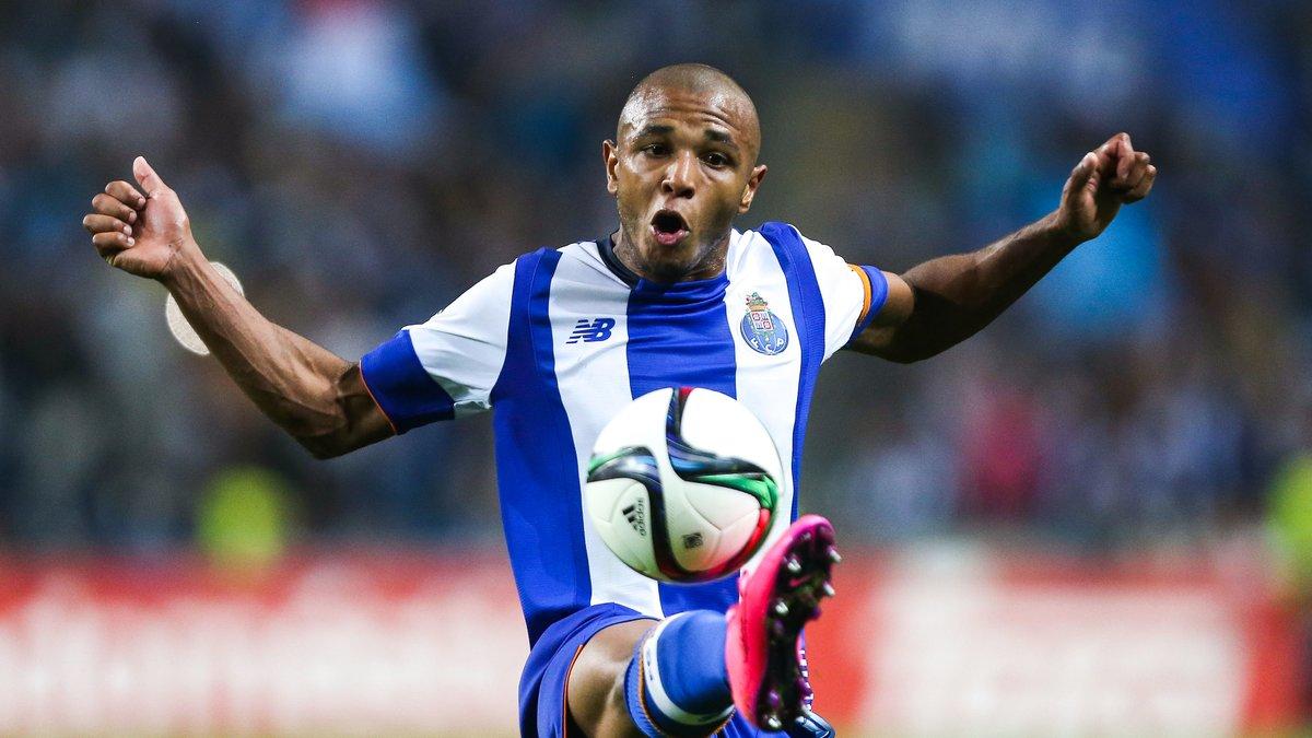 Mercato - PSG/Chelsea : Nouvelles précisions sur l'avenir de Brahimi !